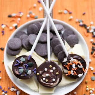 Halloween Chocolate Swirled Lollipops.