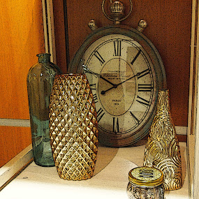 Things by Jackie Sleter - Artistic Objects Other Objects ( vase, time, clock, bottles, glitter )