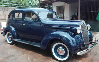 Plymouth Deluxe 4-Door Sedan Rent Gauteng