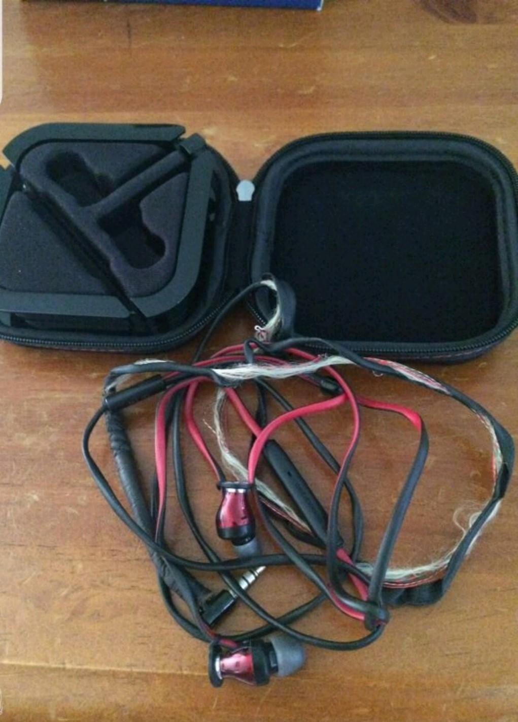 Fantastic Sennheiser Momentum In Ear Repair Headphone Reviews And Wiring Database Obenzyuccorg