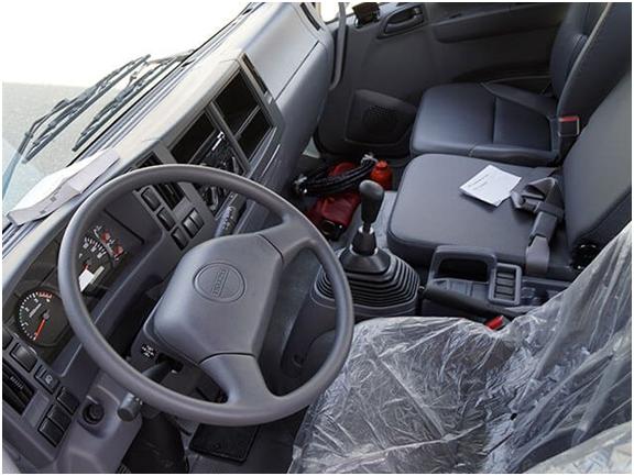 nội thất xe tải Isuzu 5t5