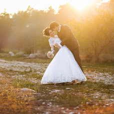 Wedding photographer Kamilla Savarec (Kamdes). Photo of 23.03.2015