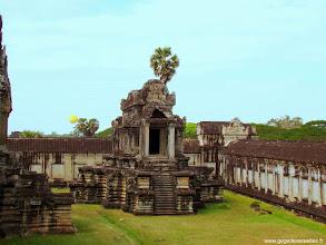 Photo: #023-Angkor Vat. Site classé au Patrimoine mondial de l'Unesco.