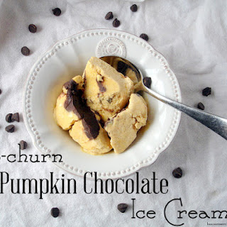 Easy No-Churn Pumpkin Chocolate Ice Cream