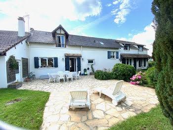maison à La Villeneuve-en-Chevrie (78)