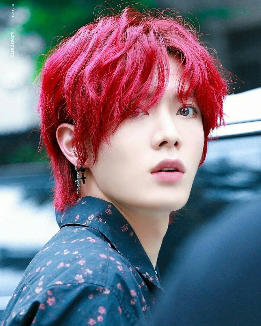 yuta red
