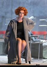 Photo: Wiener Staatsoper: LA CLEMENZA DI TITO - Inszenierung Jürgen Flimm. Premiere 17.5.2012. Juliane Banse. Foto: Barbara Zeininger