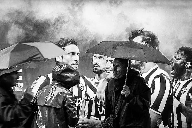 Stateve accuorti guagliò ( piove go,,, ladro ) di D. Costantini