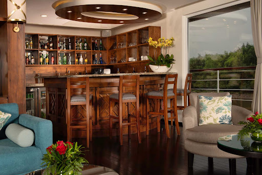 Meet interesting fellow guests over cocktails in the Panorama Lounge on Avalon Saigon.