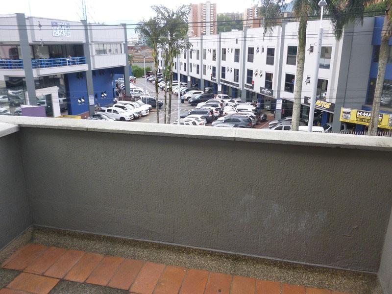 oficinas en arriendo barrio colombia 679-19838