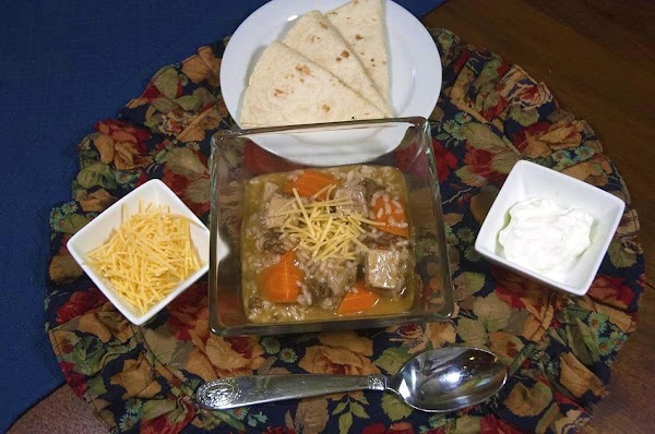 Serve in nice bowls with some crackers, bread, or possibly warm tortillas. Enjoy.