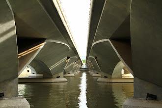 Photo: The Under Bridge @ Esplanade Dr., Singapore - http://photo.leptians.net