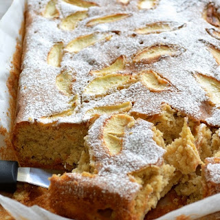 Mary Berry's Spiced Dorset Apple Traybake -