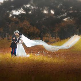 feel my love  by Gary Mahipus - Wedding Bride & Groom