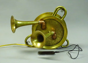 Photo: MP3 steampunk stereo speaker