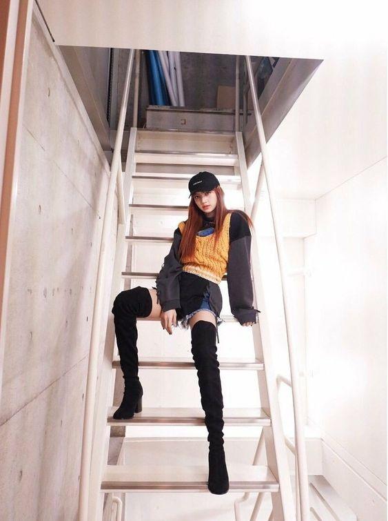 lisa boots 2
