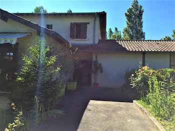 villa à Pont-de-Vaux (01)