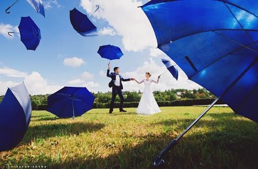 Wedding photographer Elena Zayceva (Zaychikovna). Photo of 31.08.2015