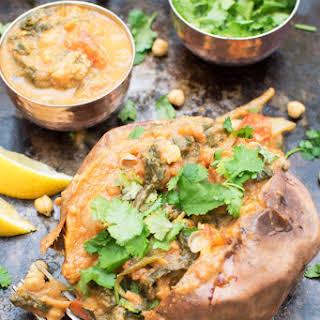 Baked Sweet Potato with Spinach Chana Masala [vegan] [gluten free].