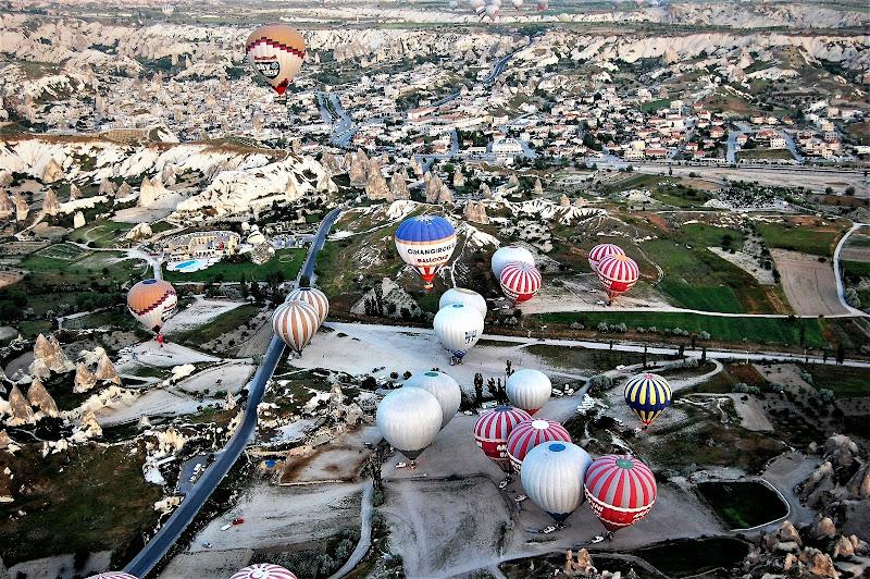 mongolfiere in cappadocia viste dall'alto di luciano55