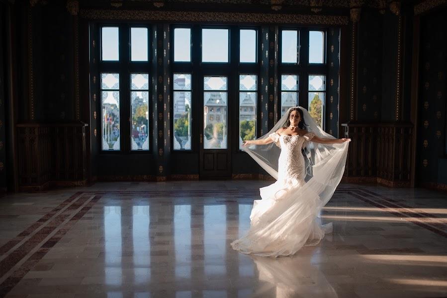Wedding photographer Iulian Corbu (icorbu). Photo of 16.01.2019