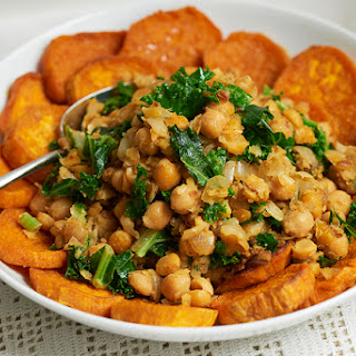 Roasted Sweet Potato with Chickpeas/Garbanzo and Kale.