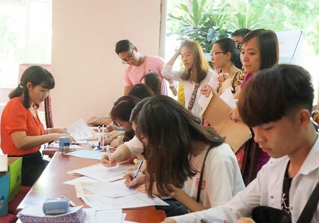 Thay đổi nguyện vọng vào trường đại học mong muốn bằng phiếu đăng ký xét tuyển