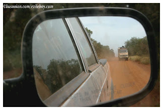Photo: objects in mirror are closer than they appear ! sur la piste, nord Ghana