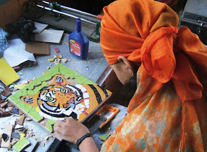 Photo: A tiger depicted in mosaic