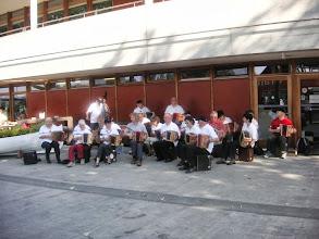 Photo: Die Dirigentin macht mal  Pause!
