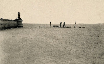 "Photo: The ""Brussels"" sunk in the harbour Zeebrugge."
