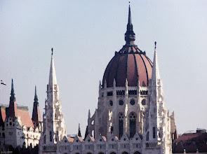 Photo: Parlament zza Dunaju 3 - akwarela