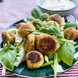 Vegan Tofu Meatballs with Basil