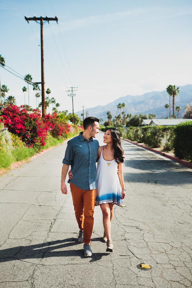 20-Non-Cheesy-Poses-for-Your-Engagement-Shoot-Bridal-Musings-Wedding-Blog-7