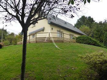 maison à Argentré (53)