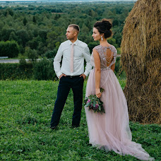 Wedding photographer Ekaterina Sharypova (SharypovaEV). Photo of 17.10.2017