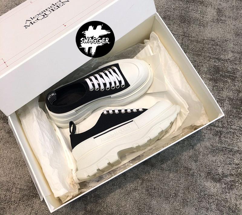 Hãy đến với swagger.com.vn để mua được sản phẩm giày alexander mcqueen phiên bản Like Auth chất lượng
