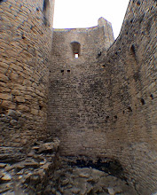 Photo: interior castell de Mur