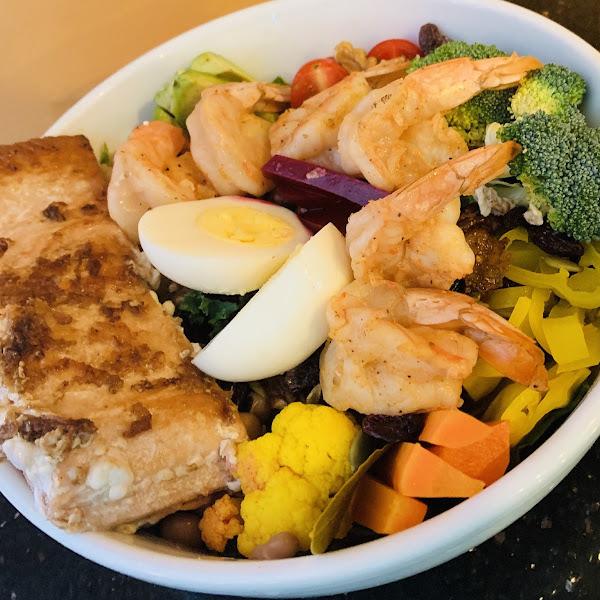 Build your bowl.. keto, paleo, vegan or vegetarian . Ample choices