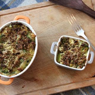 Broccoli 'Cheese' Pasta Bake