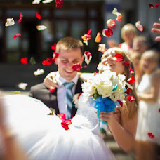 Wedding photographer Pavel Khudozhnikov (Pa2705). Photo of 25.07.2014