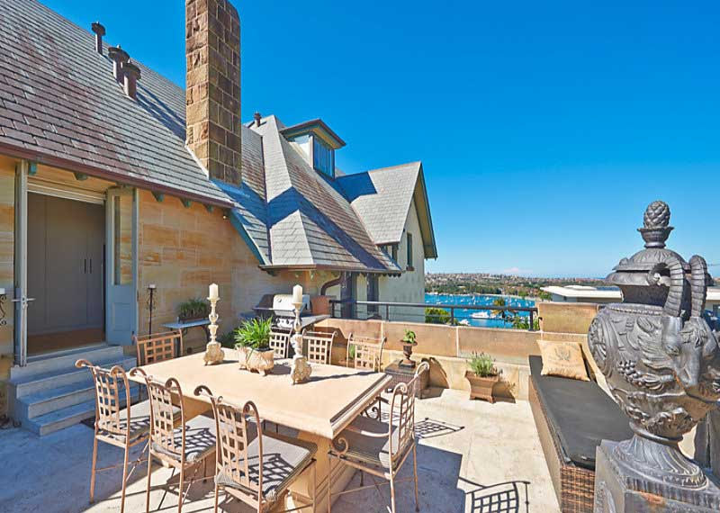 Kilmory Penthouse has an alfresco dining area and harbour views.