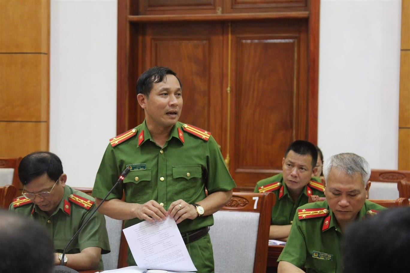 Điện diện lãnh đạo Trại tam giam báo cáo công tác phòng chống bão số 4