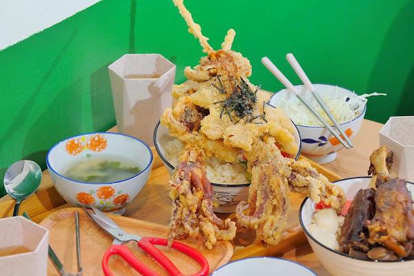 台中永興街_安羽軒食堂:大份量主食黃金炸魷魚丼飯 一次啃兩支超飽撐!還有白飯 味噌湯 高麗菜+刨冰免費無限吃到飽!