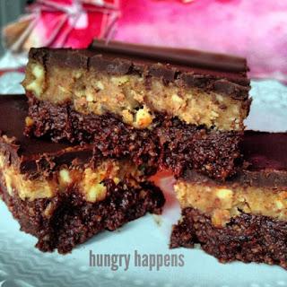 No Bake Paleo Peanut Butter Brownie