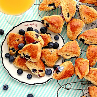Bite-sized Blueberry Breakfast Scones