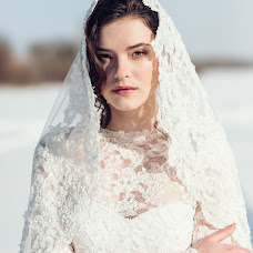 Wedding photographer Alena Kurbatova (alenakurbatova). Photo of 24.02.2018