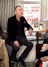 Photo: Künstlergespräch MAX EMANUEL CENCIC mit Dr. Renate Wagner am 19.4. 2015 in der Merker-Online-Galerie. Parnassus -Geschäftsführer Lang. Foto: Barbara Zeininger