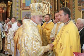 Photo: Владика Йосиф Мілян вітається зі священиками