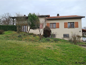 maison à Escoutoux (63)